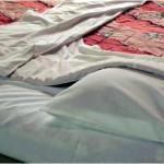 布団のカビ対策、フローリングに最適なカビ予防方法とは?